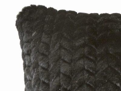 Essenza Home sierkussen Faya Fake Fur black