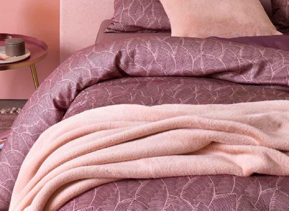 Essenza Home plaid Furry rose